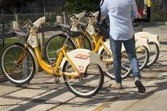Fahrrad, das Service - Mailand Italien teilt Stockfotografie
