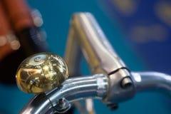Fahrrad führt Abstraktionshintergrund einzeln auf Stockbilder