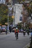 Fahrrad führt NYC-Marathon Lizenzfreie Stockbilder