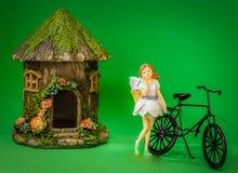 Fahrrad-Fahrt zu einem Besuch stockbilder