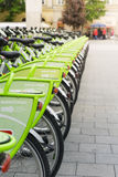 Fahrrad-Mietstation Budapests, Ungarn automatische lizenzfreies stockbild