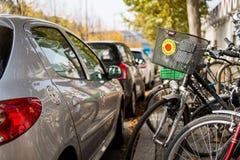 Fahrrad mit Anti-Atom Aufkleber Stockfotos