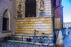 Fahrrad nahe St- Mary` s Basilika Lizenzfreies Stockfoto