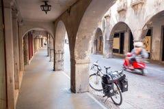 Fahrrad in Serravalle, Vittorio Veneto, Italien Lizenzfreie Stockfotos