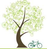 Fahrrad von Bäumen Lizenzfreie Stockbilder