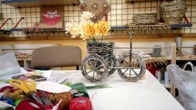 Fahrrad Zeitung-gemacht lizenzfreies stockfoto