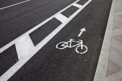 Fahrradlinie auf der Straße Lizenzfreies Stockfoto