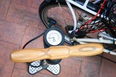 Fahrradpumpe Lizenzfreies Stockfoto