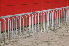 Fahrradst�nder aus Metall Stock Images