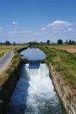 Fahrradweg entlang dem Naviglio von Bereguardo Italien Lizenzfreies Stockbild