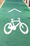 Fahrradzeichen auf der Straße in Lissabon Stockfotos