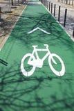 Fahrradzeichen auf der Straße in Lissabon Lizenzfreie Stockfotografie