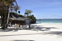 Fahrrinnen und private Strand-Bar Bluewater Stockbild