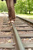 Fahrwerkbeine auf Gleis lizenzfreie stockbilder