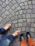 Fahrwerkbeine und Füße Stockfoto