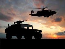 Fahrzeug über Sonnenuntergang stockbilder