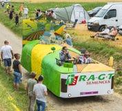 Fahrzeug RAGT Semences auf einem Kopfstein-Straßen-Tour de France 2015 Stockfoto
