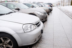 Fahrzeuge geparkt stockbild