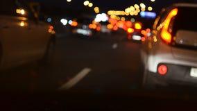 Fahrzeuge im Verkehr nachts stock video footage