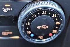 Fahrzeugklimasteuervorwahlknopf Stockfotografie