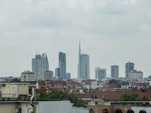 Faible luminosité sur l'horizon de Milan Photo libre de droits