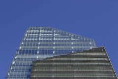 Faible luminosité sur l'horizon de Milan Images stock