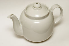 faience застеклил белизну чая бака стоковое изображение rf