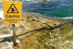 Faire attention au signe pour des nageurs Image stock