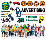 Faire de la publicité le concept commercial d'achats de marketing en ligne Image libre de droits
