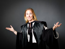 Faire des gestes d'avocate de femme Photographie stock