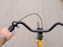 Faire du vélo Image libre de droits