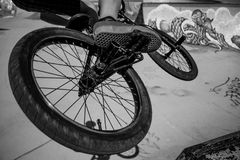 Faire du vélo de BMX Image stock