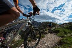 faire du vélo de traînée Photos libres de droits