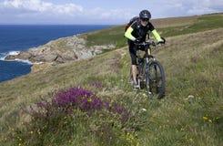 Faire du vélo en Bretagne Photo libre de droits