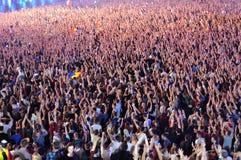 Faire la fête la foule à un concert Photo libre de droits