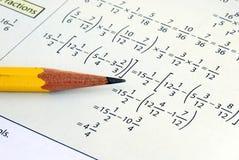 Faire quelques maths d'école de pente Photos stock