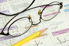 Faire quelques maths d'école de pente Images stock