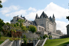 Fairmont-Chateau Laurier Hotel Lizenzfreie Stockfotos