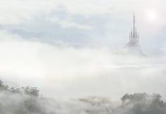 Fairy дворец в облаках Стоковые Изображения