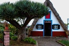 Fairy дом в горах Португалии Стоковая Фотография RF