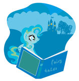 Fairy замок появляясь от книги Стоковые Фотографии RF
