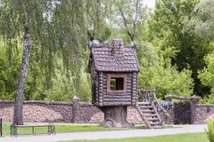 Fairy дом в парке детей Стоковое Изображение
