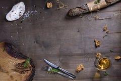 Faisant cuire au four ou faisant cuire le cadre de fond Ingrédients, cuisine Photo libre de droits