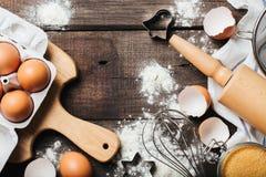 Faisant cuire au four ou faisant cuire le fond en bois Image stock