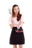 Faisant cuire la femme ou la femme au foyer, avec la spatule et la casserole Image stock