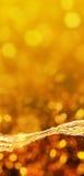 Faisceau d'énergie orange de fond et lumières brouillées Photos stock