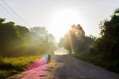 Faisceau du petit morceau du soleil la brume Photos libres de droits