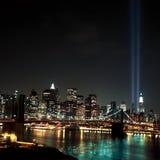 Faisceaux lumineux de World Trade Center 9 / 11 Photo stock