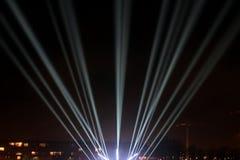 Faisceaux lumineux sur la promenade Images libres de droits
