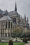 Fait du jardinage la cathédrale Notre-Dame De Reims Image libre de droits